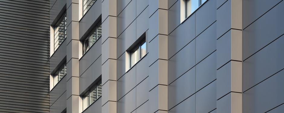 Novelis ff2 Kassetten-Fassade